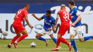 «Аугсбург» — «Шальке»: прогноз на матч 11 тура Бундеслиги