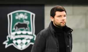 Премьер-лига выбирает тренера месяца