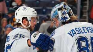Трое россиян попали в топ-10 игроков НХЛ
