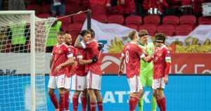 Команда Карпина пошла на повышение в рейтинге ФИФА