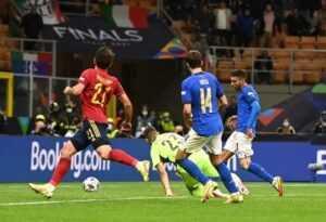 «Красная фурия» прервала рекордную серию итальянцев